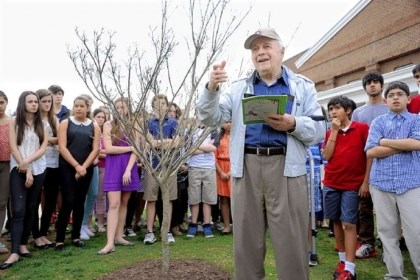 Moshe Baran Holocaust survivor Moshe Baran speaks to students and faculty at Sewickley Academy near a tree that the school recently planted to honor Mr. Baran and his wife, Malka, who died in 2007. The couple visited the school for years to talk about their experiences in labor camps during World War II. Mr. Baran still comes to the school to share his story with students.