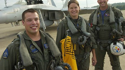 Navy F/A-18 pilots 