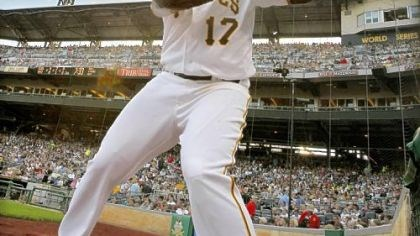 Pedro Alvarez provided a ray of light Rookie third baseman Pedro Alvarez's late-season surge has provided a rare ray of light in the Pirates' 57-104 season.