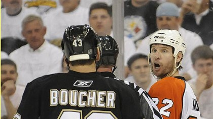 Philadelphia working on an upset The Flyers' Mike Knuble taunts Philippe Boucher Thursday at Mellon Arena. Will Philadelphia force a Game 7 in Pittsburgh?