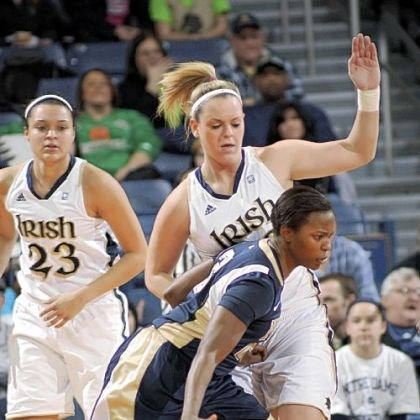Pitt women Pitt women's guard Brianna Kiesel with the ball against Notre Dam