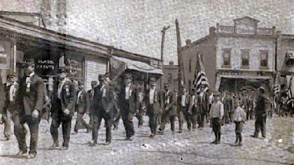 Pressed Steel Car strike Pressed Steel strike, McKees Rocks, 1909. Head of funeral procession.