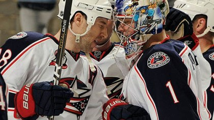 R.J. Umberger and Steve Mason Blue Jackets forward R.J. Umberger congratulates goaltender Steve Mason after a 4-1 win Tuesday at Consol Energy Center.