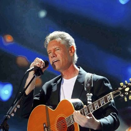 Randy Travis heart problems Randy Travis -- Suffers from weakening heart muscles.