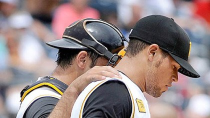 Raul Chavez and Ian Snell Pirates catcher Raul Chavez comforts starter Ian Snell after Snell gives up a home run to the Blue Jays' Alex Lind in the fourth inning.