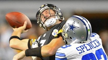 roethlisberger sacked by spencer Steelers quarterback Ben Roethlisberger is sacked by the Cowboys' Anthony Spencer.