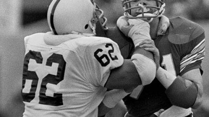 Sean Farrell and Bill Maas Penn State's Sean Farrell (62) mixes it up with Pitt's Bill Maas during the 1981 rivalry game between the two teams at Pitt Stadium. Penn State won, 48-14.