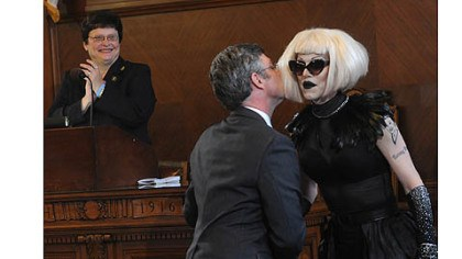 sharon needles 3 Pittsburgh city councilor Patrick Dowd congratulates drag queen Sharon Needles with a kiss after council declared June 12, 2012 Sharon Needles Day in Pittsburgh.