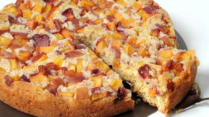 Simple Summer Peach Cake