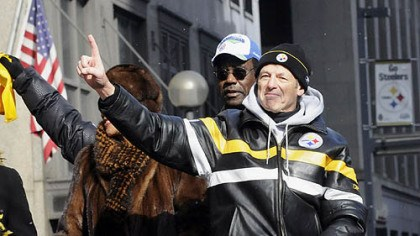 Somewhere, somehow Somewhere, somehow, defensive coordinators like the Steelers' Dick LeBeau, pictured, lost the ability to just call a blitz, order a blitz, signal a blitz, send in a blitz, or even just blitz. They suddenly were forced to Dial Up A Blitz.