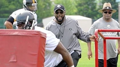 Steelers Steelers coach Mike Tomlin deserves to be on a higher pay tier.