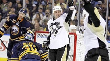Sullivan Veteran Steve Sullivan has proved to be a nice complement on Sidney Crosby's left side.