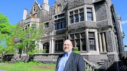 The McCook Mansion Richard Pearson is restoring the Willis McCook mansion on Fifth Avenue.