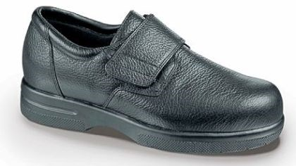 Velco closure shoe