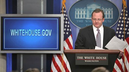 White House Web site Press secretary Robert Gibbs incorporates the new White House Web site into his press briefing Monday.