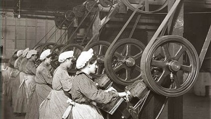 Women at the H.J. Heinz Co. Industrialization in America created a working class of men and women. In this 1908 scene, women at the H.J. Heinz Co. plant on the North Side make the tin cans that were filled with baked beans, creamed soup and spaghetti.
