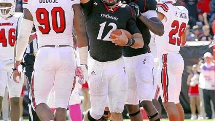 Zach Collaros Cincinnati quarterback Zach Collaros is the main reason the Bearcats are one of the nation's surprise teams, holding a 6-1 record and sitting atop the Big East.