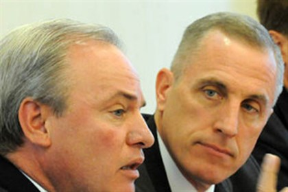 Congressmen talk health care From left, U.S. Reps. Mike Doyle and Tim Murphy.