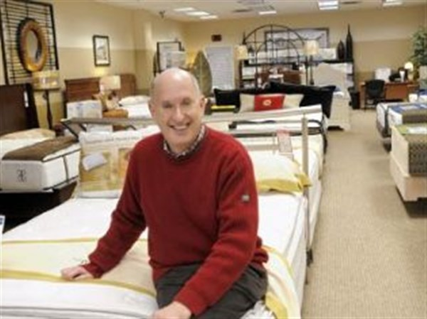 Levin Furniture Changes Strategy As Roomful Express Plans To Close |  Pittsburgh Post Gazette