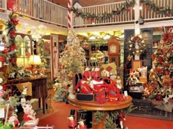 Sewickley greenhouse transforms into Christmas wonderland