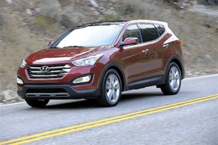2013 Hyundai Santa Fe The 2013 Hyundai Santa Fe Sport is a new shorter-wheelbase crossover that offers five-passenger seating.