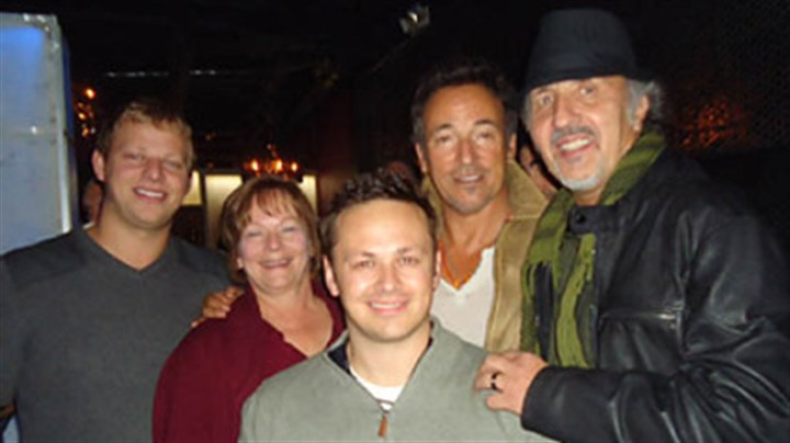 afterparty diesel Mike DeSimone, Patti DeSimone, Adam DeSimone, Bruce Springstein, Joe Grushecky at their concert after party