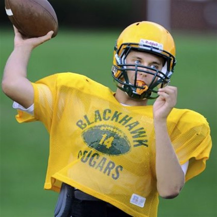 Akron Recruit Blackhawk's Chandler Kincade completed 154 of 245 passes for 2,220 yards and 16 touchdowns as a junior.