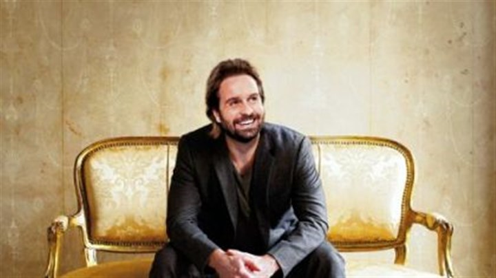 "Alfie Boe Alfie Boe -- Won a special Tony Award for ""La Boheme"" in 2003."