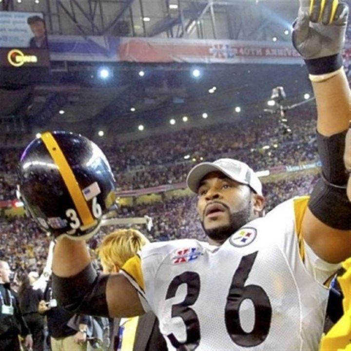 Bettis Jerome Bettis finds his family in the crowd that fairytale evening in Detroit after Super Bowl XL.