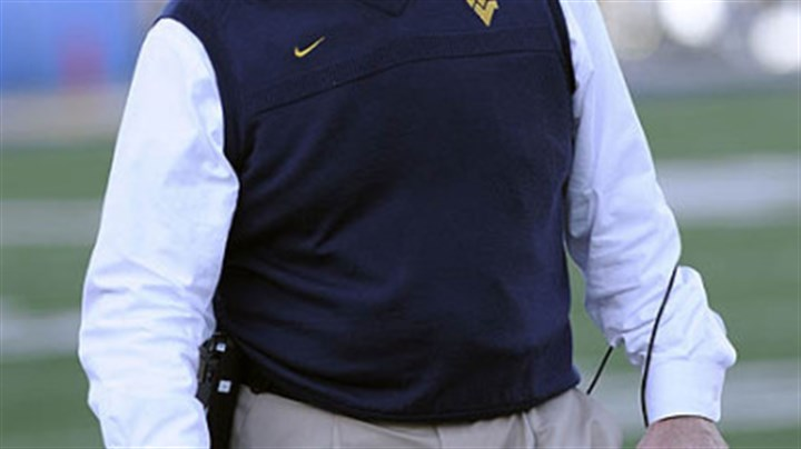 Bill Stewart West Virginia coach Bill Stewart's future at West Virginia might be in jeopardy; the school is said to be takling with Oklahoma St. offensive coordinator Dana Holgorsen about replacing Stewart. Pitt is also interested in Holgorsen to replace Dave Wannstedt, who resigned as head football coach last week.