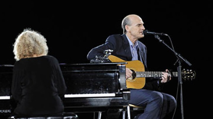 Carole King, left, and James Taylor Carole King, left, and James Taylor perform together at the Mellon Arena.