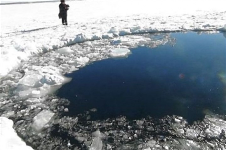 Chebarkul Lake A hole in the ice of Chebarkul Lake in Russia where a meteor reportedly fell. It exploded as it entered Earth's atmosphere above the Ural Mountains, causing sonic blasts. Many locals were hurt by broken glass.
