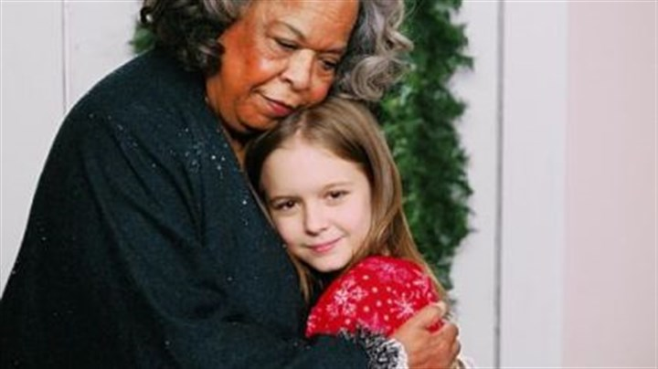 """Christmas Angel"" Della Reese Della Reese with Izabela Vidovic on GMC's ""the Christmas Angel,"" premiering tonight."