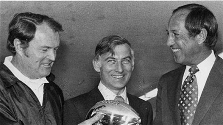 Chuck Noll, Dan Rooney and Pete Rozelle Steelers coach Chuck Noll and team owner Dan Rooney accept the Lombardi Trophy from NFL commissioner Pete Rozelle following Super Bowl XIII.