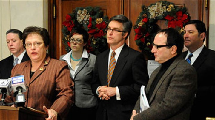 City Council Flanked by Pittsburgh Controller Michael Lamb, left, and other council members, Pittsburgh City Council President Darlene Harris announces a plan that will avoid a state takeover of Pittsburgh's pension plan.