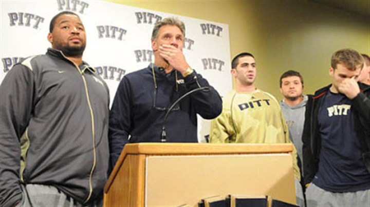 Dave Wannstedt Surrounded and supported by his players, University of Pittsburgh football head coach Dave Wannstedt announces his resignation at the team's South Side facility. He will remain in the athletic department in a non-coaching capacity.