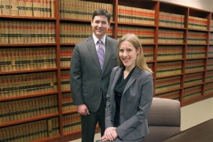 Don Heeman, left, and Randi Winter Randi Winter, an associate at Felhaber, Larson, Fenlon and Vogt in Minneapolis, is part of a program run by the law firm and Don Heeman, left, to give young lawyers experience in the courtroom.