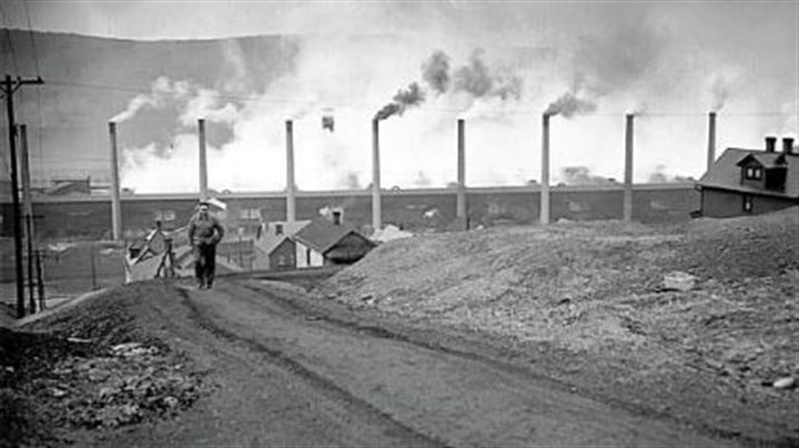 Donora Zinc Works Stacks of the Donora Zinc Works of American Steel & Wire Co. spew smoke at full blast after the smog tragedy of October 1948 in this archived photo.