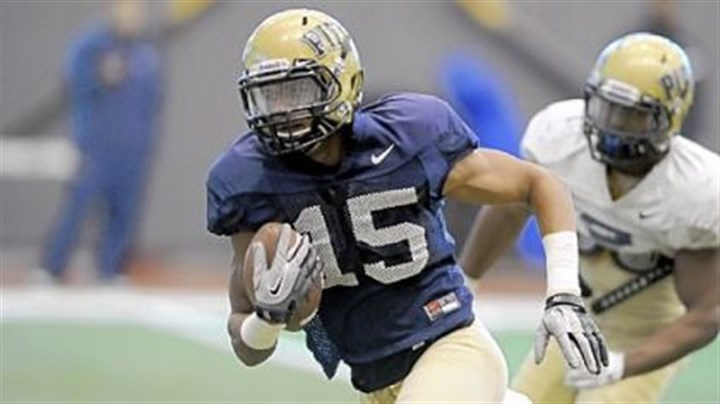 DStreet Wide receiver Devin Street flirted with the NFL but decided to return for his senior season at Pitt.