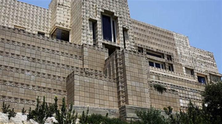 Ennis House Billionaire Ron Burkle, co-owner of the Penguins, has snapped up Frank Lloyd Wright's 1924 landmark Ennis House for $4.5 million.