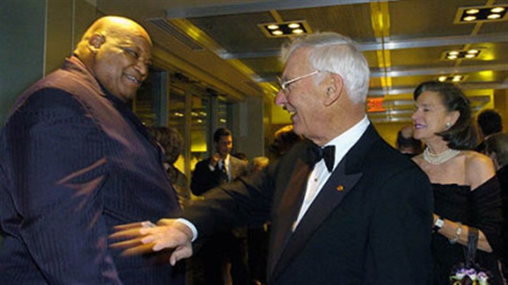 Ernie Holmes, 2004 Ernie Holmes, left, chats with Steelers Chairman Dan Rooney at the opening of the sports museum at the John Heinz Regional History Center.