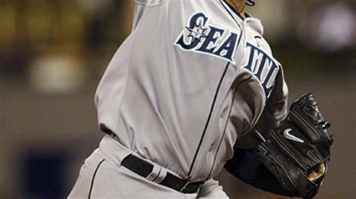 Feliz Hernandez Felix Hernandez of the Mariners pitches during the sixth inning.
