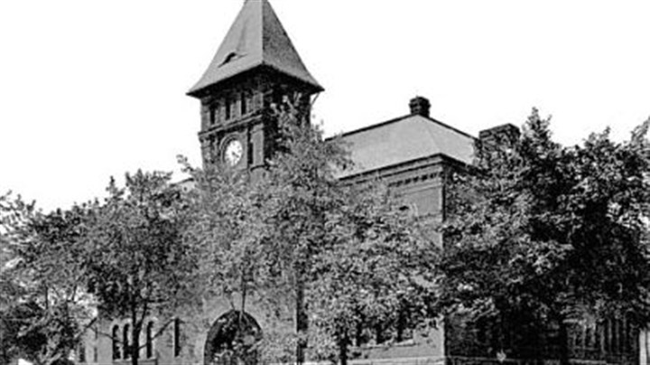First Ward School Wilkinsburg's First Ward School, later called Horner School, was destroyed by fire.