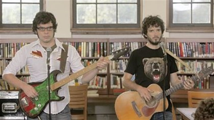 """Flight of the Conchords"" Jemaine Clement, left, and Bret McKenzie work small-time gigs in the HBO comedy ""Flight of the Conchords."