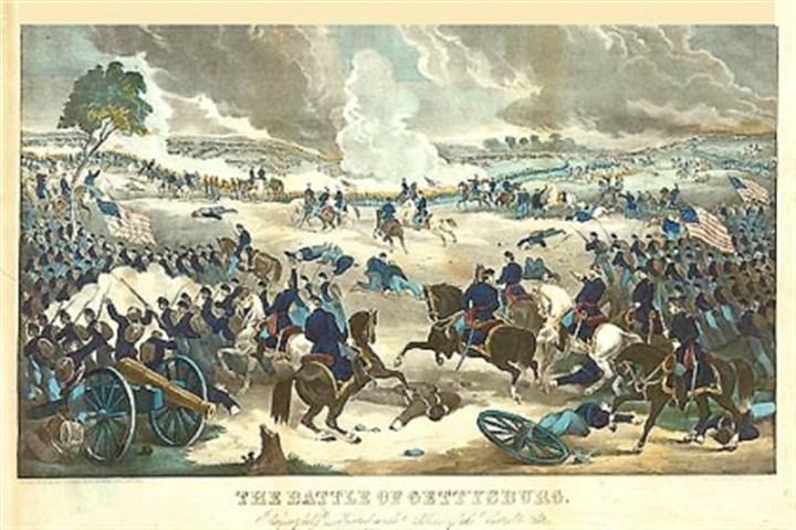Gettysburg overall Battle of Gettysburg, showing Union troops advancing from the right during fighting.
