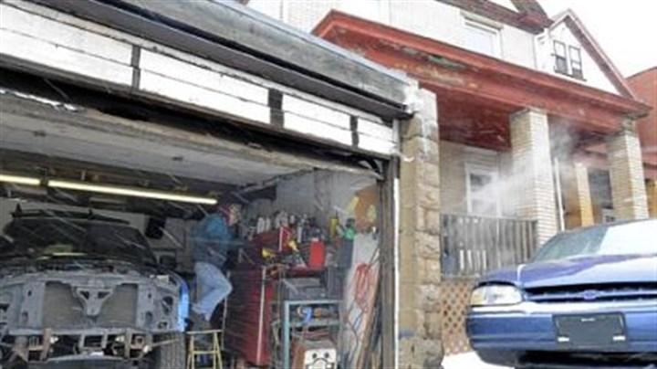 Arlington Mechanic Fixes Cars As Act Of Friendship