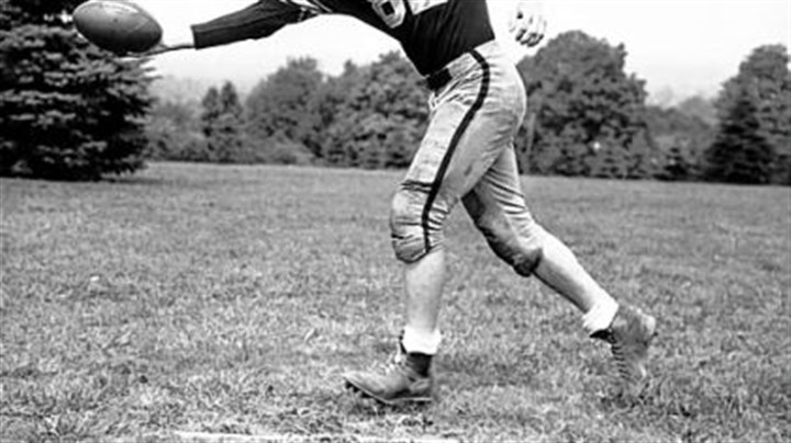 Jack Butler Jack Butler, who was born in Pittsburgh and lives in Munhall, played for the Steelers from 1951-59.