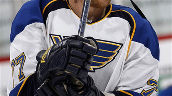 Jay McKee The Penguins have shown an interest in signing former Blues defenseman Jay McKee.