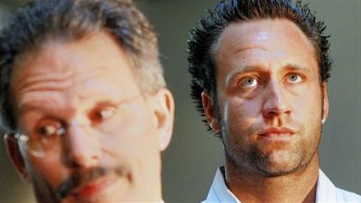 Jeff Reed Jeff Reed, right, with his lawyer. A judge dismissed remaining charges against the Steelers kicker stemming from an October incident outside a North Side bar