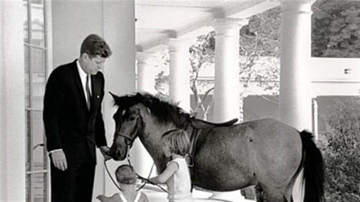Colorful tradition of kids in the white house is soon to for John kennedy jr kids